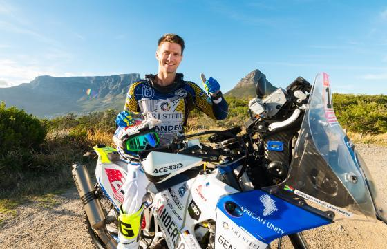 Donovan van de Langeberg, Sponsored by AUL, Daring Adventure